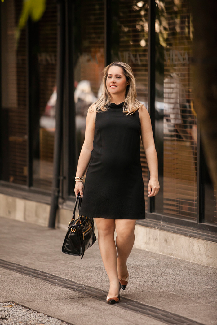 Vestido preto basico para gestante